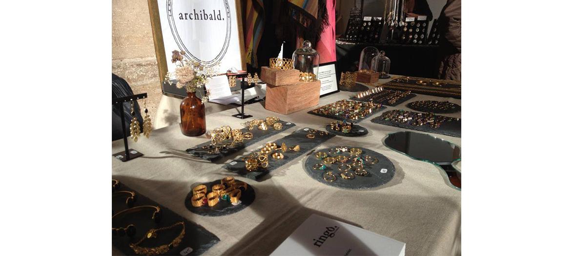 Stand de bijoux Archibald