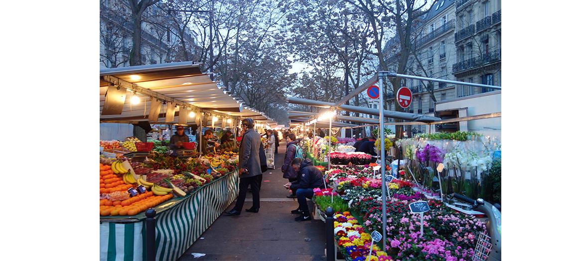 Street market  of avenue du Président Wilson