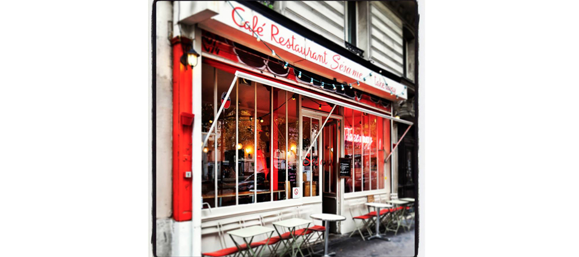 Storefront of the restaurant le Sésame