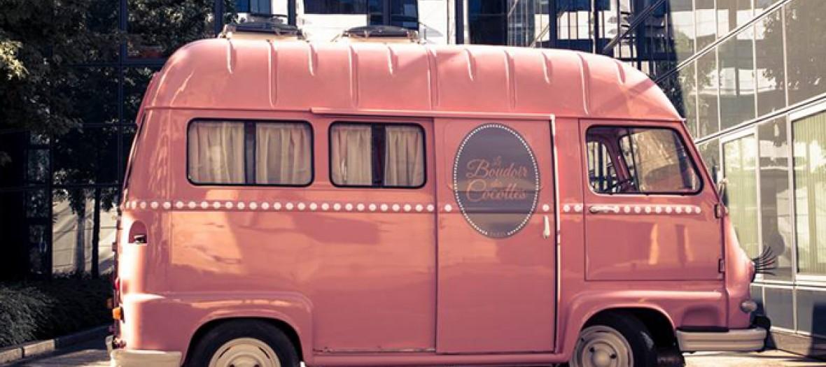 Le Boudoir Des Cocottes Un Camion Tres Girly 1