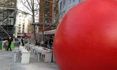 Redball Project : une chasse à l'œuvre arty dans Paris