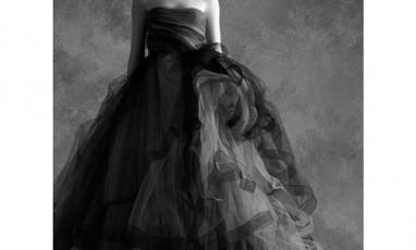 Lexpo Speciale Petite Robe Noire