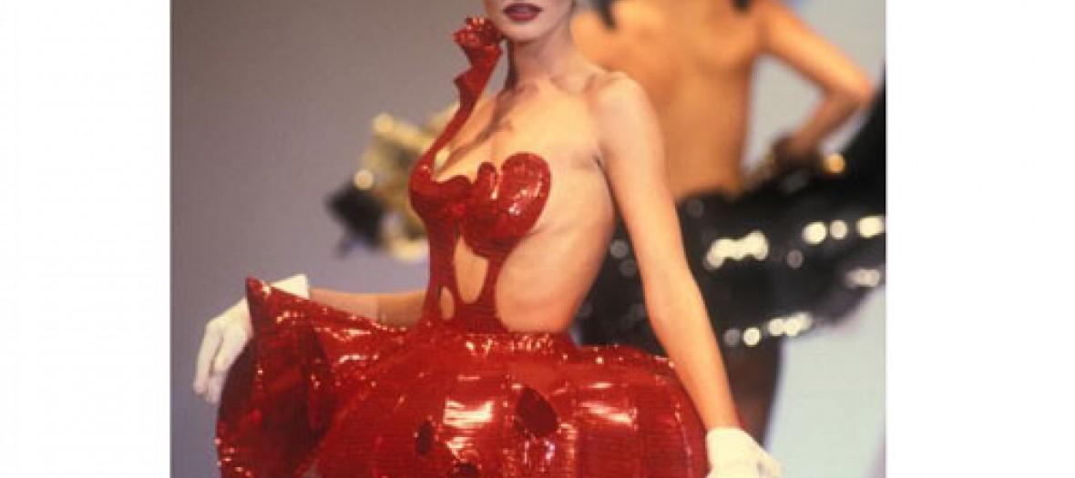 Une Expo Sexy Sur La Petite Histoire De La Lingerie Jpg500