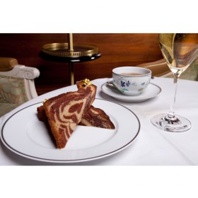 Luxe Calme Et Volupte Le Meilleur Cake Marbre De Paris Au Shangr