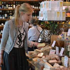 Quatrehomme Notre Heroine Fromagere 1