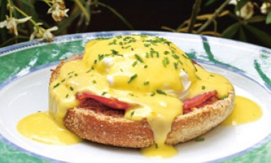 Eggs Benedict like in the USA