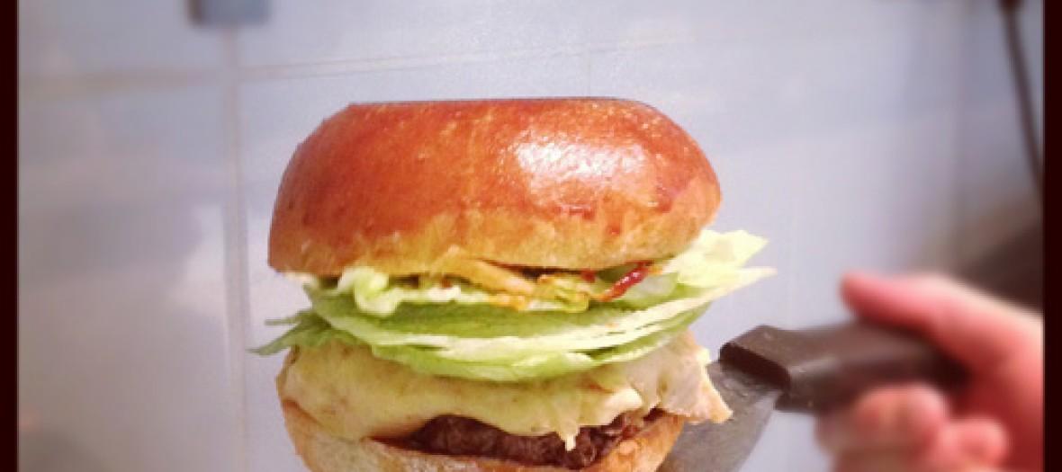 Blend Le Plus Branche Des Burgers En Plein Marais