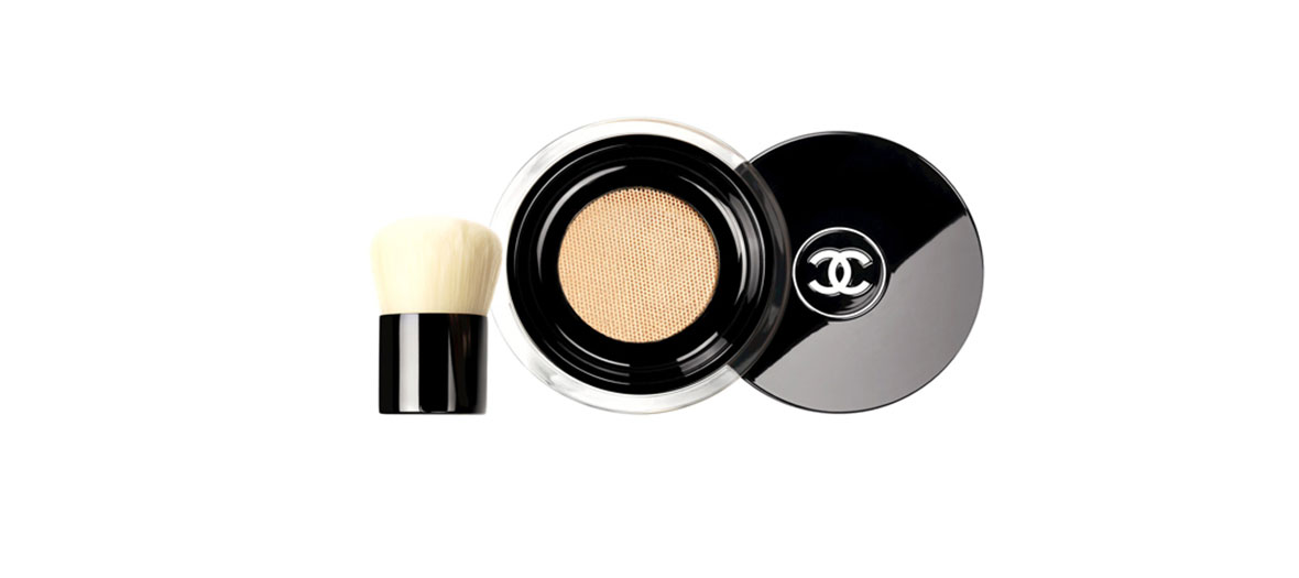 Vitalumiere loose powder by Chanel