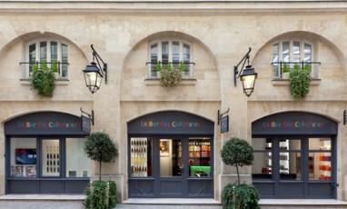 Le bar à coiffures et couleurs de Christophe-Nicolas Biot