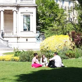 Square Galliera Le Jardin Le Plus Couture De Paris 2