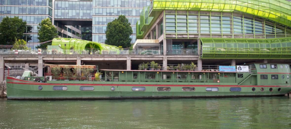 Les Docks Le Rendez Vous Cool De L Ete