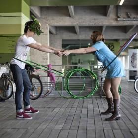Fiesta Et Hoola Hop Du Swing En Rooftop