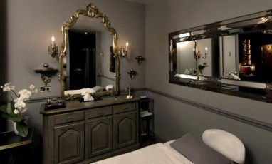 Un boudoir de princesse Guerlain dans « le » château parisien : le Saint-James