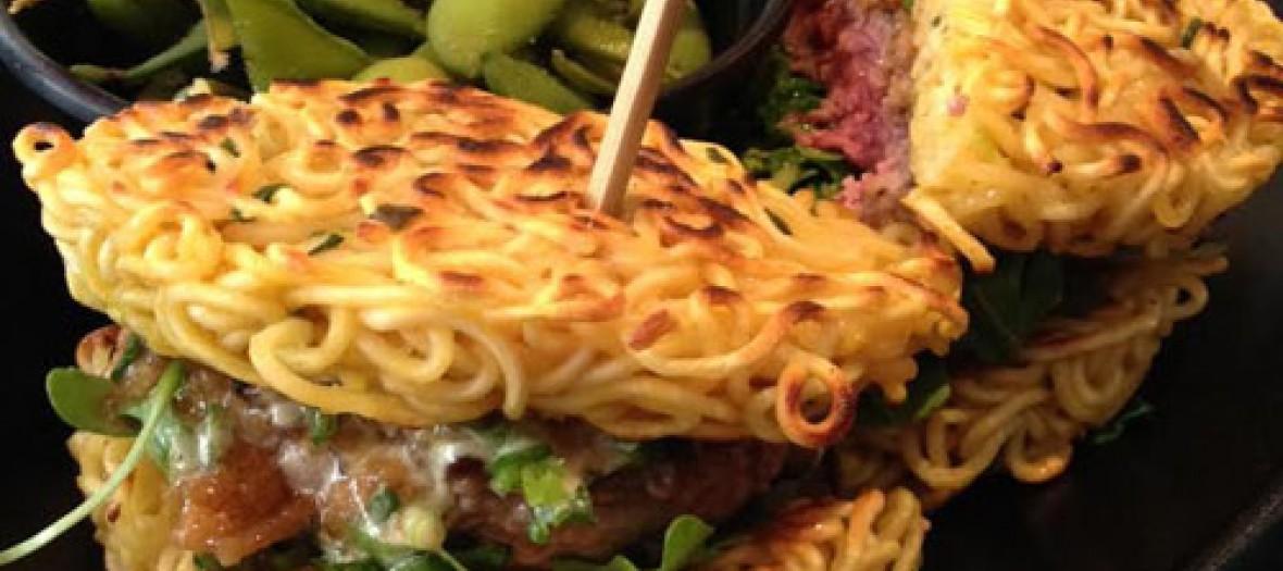 W for wok noodle burger