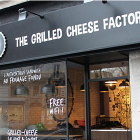 La Grilled Cheese Factory Un Sandwich Qui Envoie Photo Interieur