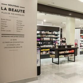 Le Temple Des Beautystas Parisiennes