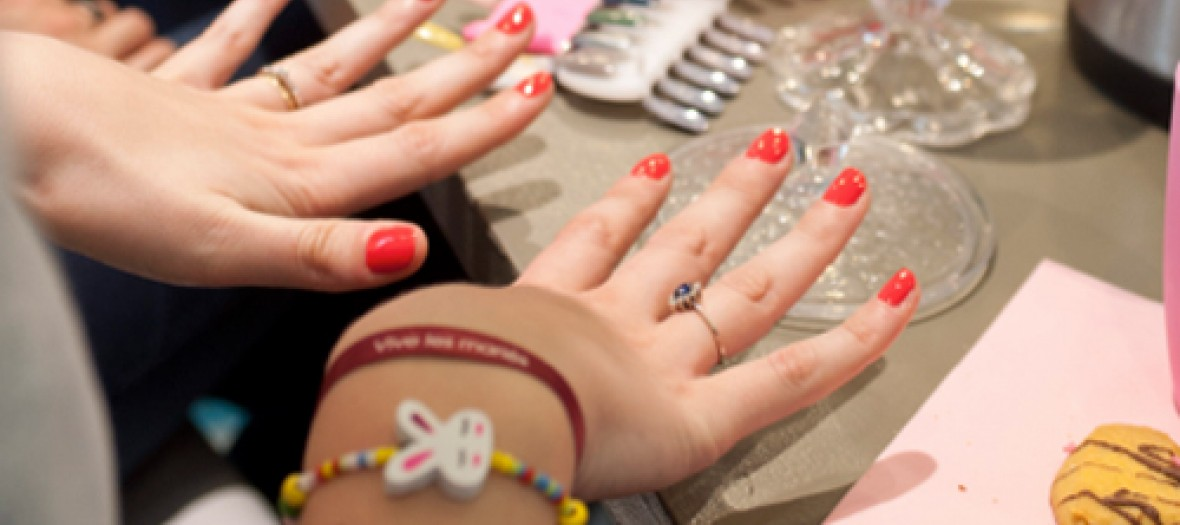 Save The Date Un Brunch Dans Un Nail Bar