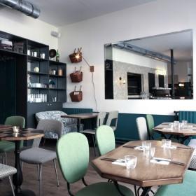 Cafe pinson salle