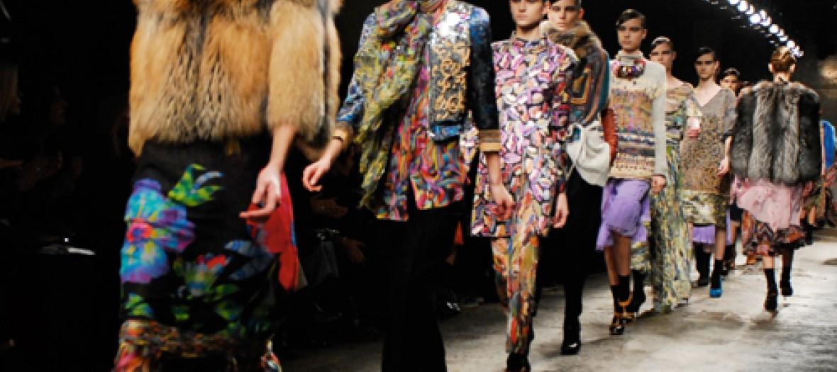 L Expo Fashion A Ne Louper Sous Aucun Pretexte Dries Van Noten A