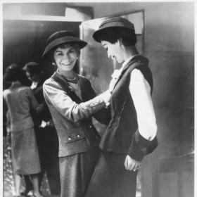 Le Documentaire Choc Chanel Vs Schiaparelli