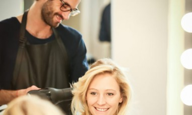 Un lissage des cheveux « à la française » au 20 Boissière