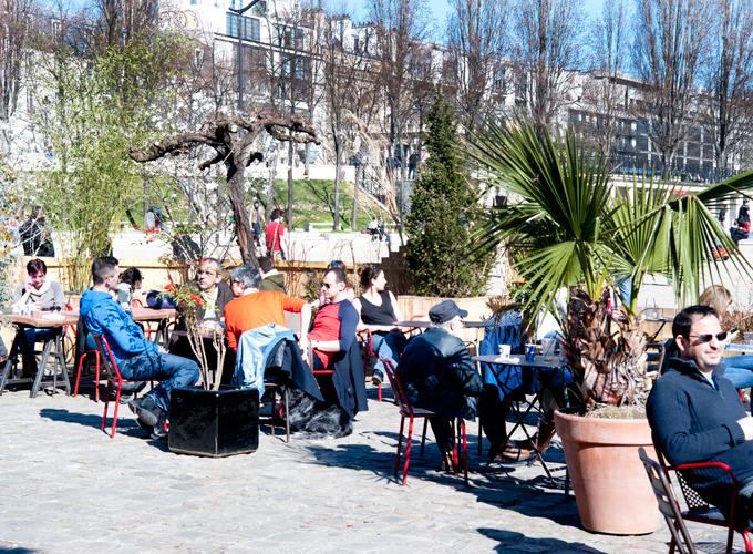 waterfront terrace of Rotonde Stalingrad