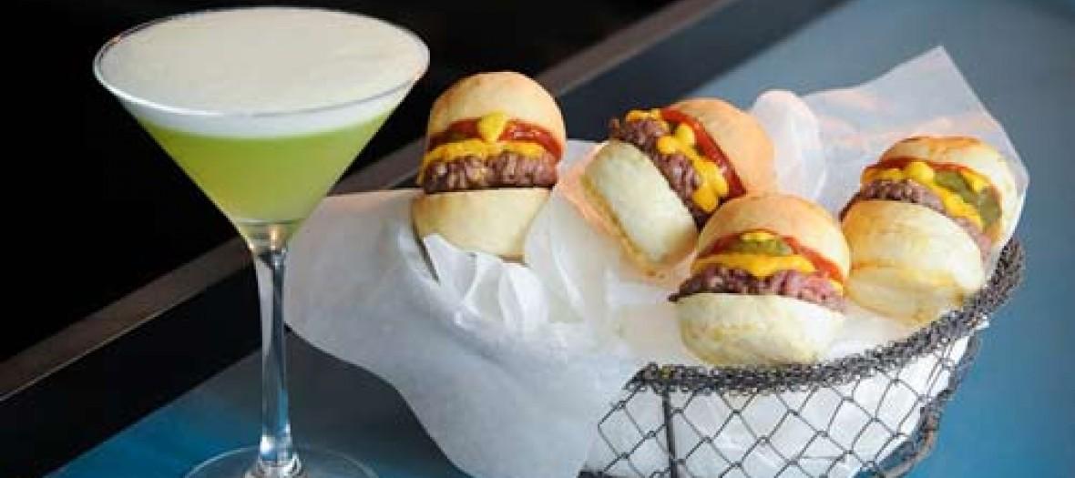 Le Qg Des Meilleurs Burgers Et Pancakes Dans Le Marais Diner Bed