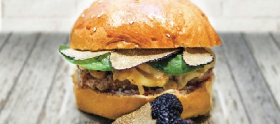 Un Burger De Luxe A La Truffe Pour 14 Chez Mamie Burger