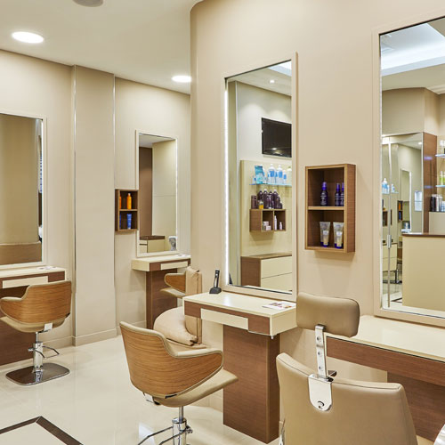 Azzedine et Laurent salon hairdresser with large wall mirrors