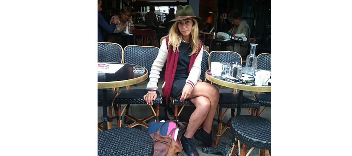 Amélie Etasse en terrasse