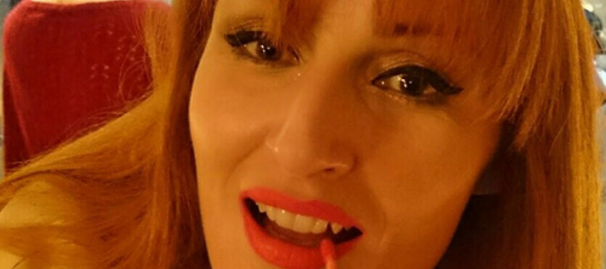 Mon secret pour une bouche rouge désir...
