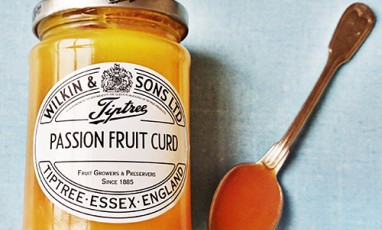 The most «pop-British »: Passion Fruit Curd