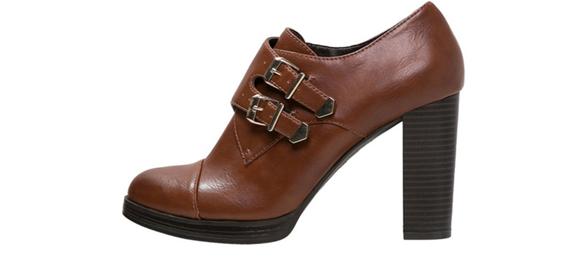Richelieu brown shoes by Anne Fielden