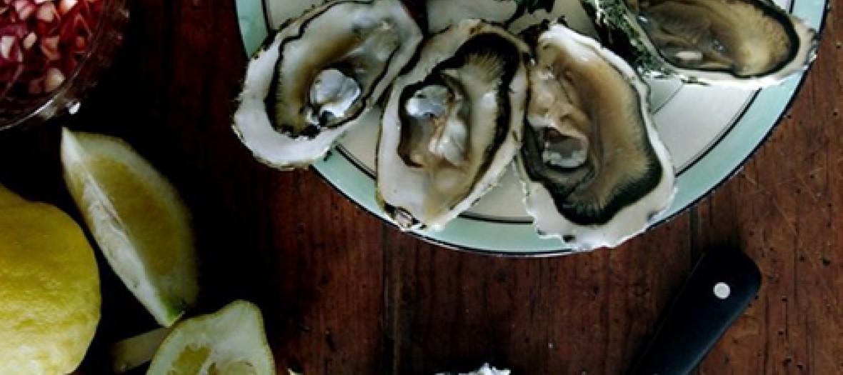 L'apéro titi-cool huîtres et vin blanc