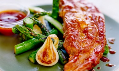 Veal and asparagus with BBQ sauce