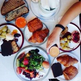 Liberté, le brunch le plus sexy de Paris !