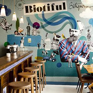 Ambiance interieur du bar Biotiful Baignolles