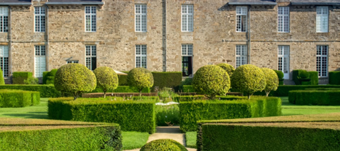 Une viree princesse tres downton abbey au chateau de la ballue - Chateau downton abbey ...