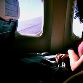 Les produits phares à emporter sur soi en avion