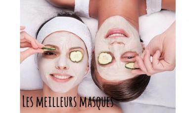 deux filles qui se font un masque