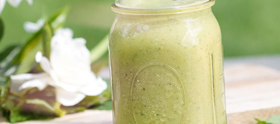 Matcha Aloe Pineapple Smoothie