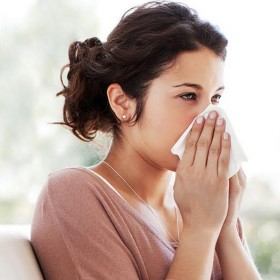 Jeune femme malade