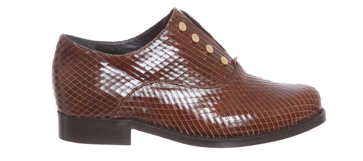 brown leather derby petite mendigote