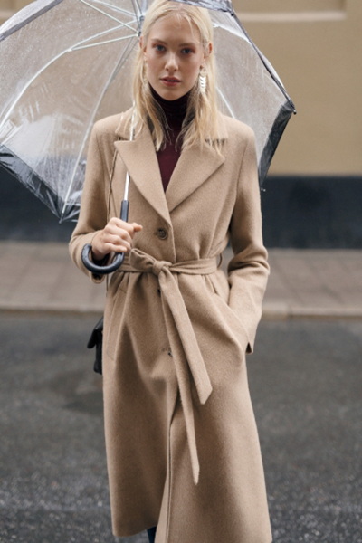 Manteau long ceinturé en alpaga et laine