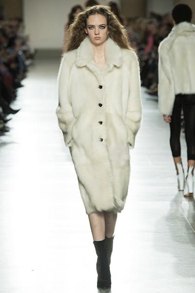 Manteau en peau de mouton véritable