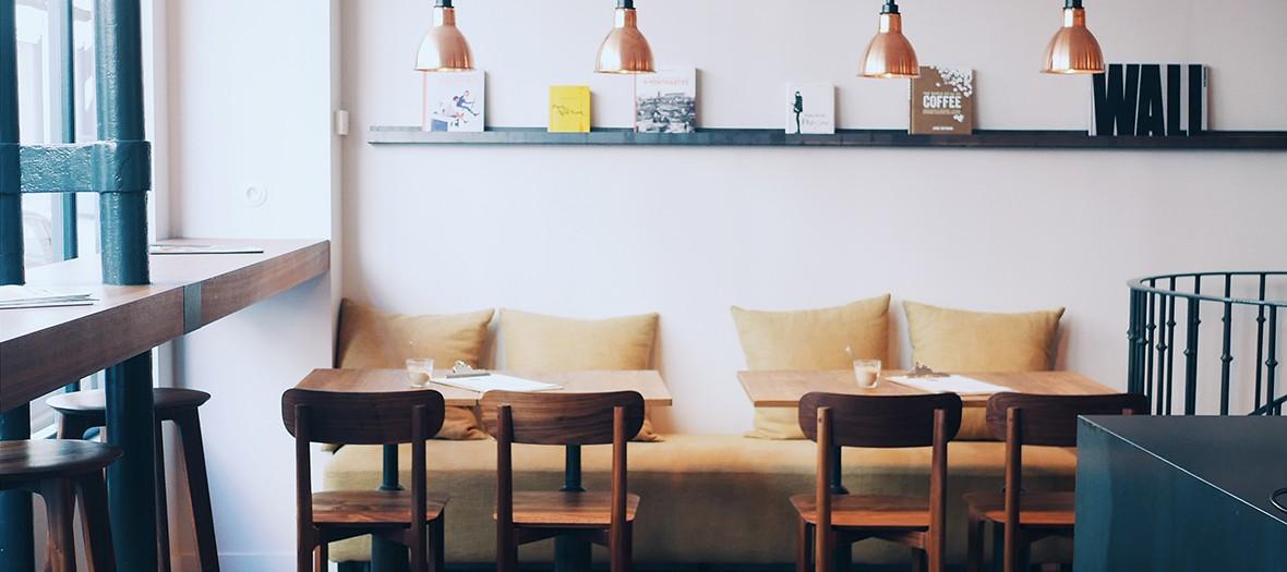 banquettes à l'intérieur du salon de thé Cuillier