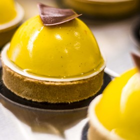 Sitronpatisserie lemon cake