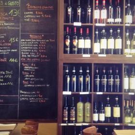 Gusto interior trattoria wine