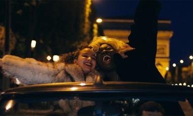 Film divine sur les Champs Elysées