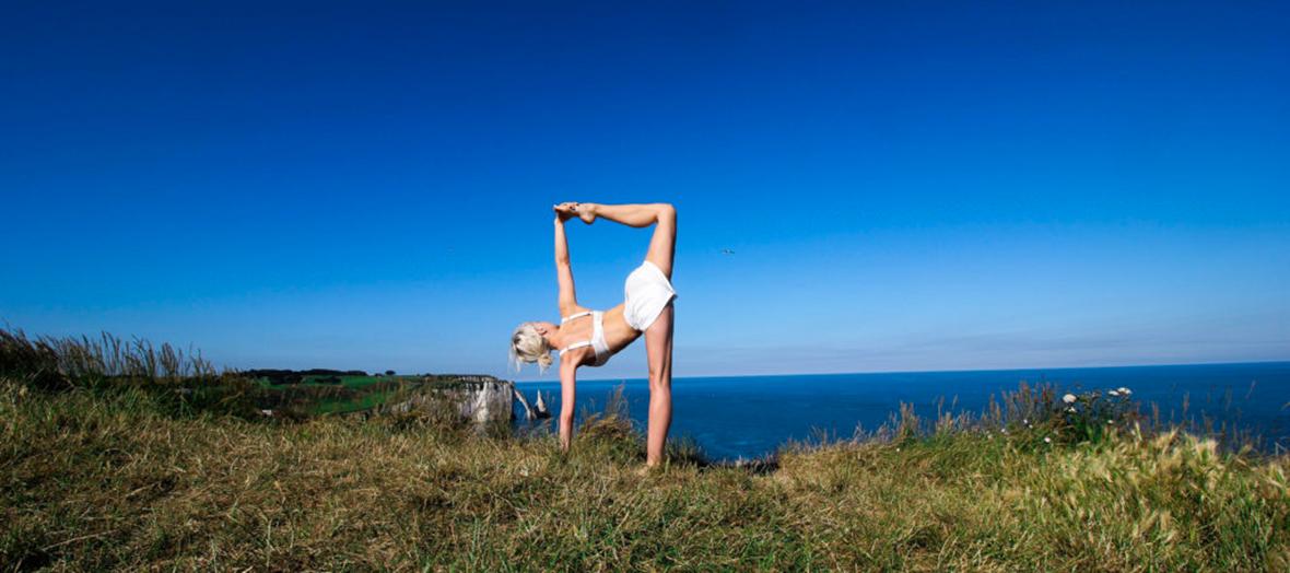 Le yoga Warrior soulage aussi les maux de dos